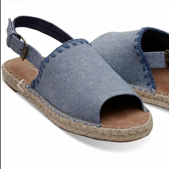 Toms Clara Espadrilles Sandals Size 7 Chambray. aba80eb8ea52